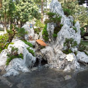 Hòn Non Bộ đá tuyết sơn Tiến Thịnh Garden